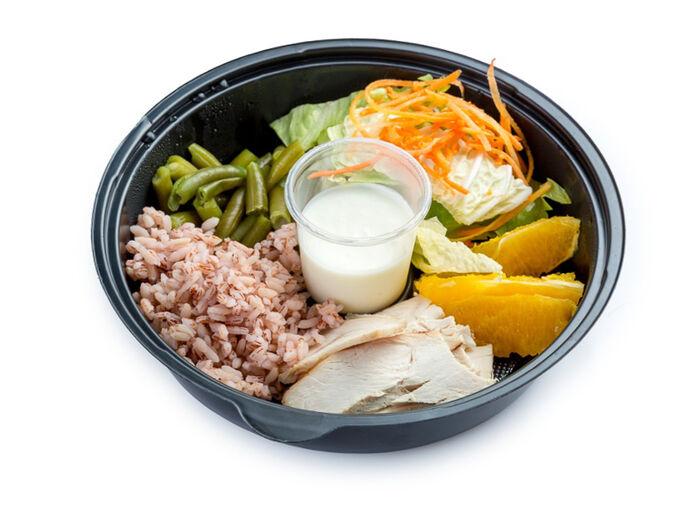 Фреш салат с индейкой и йогуртом