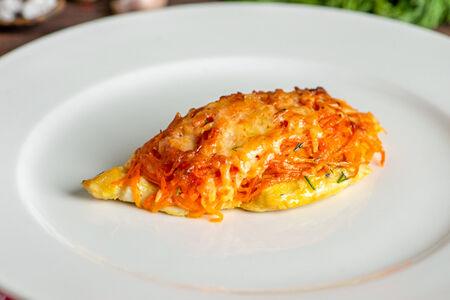 Пикантная курочка с корейской морковкой и сыром