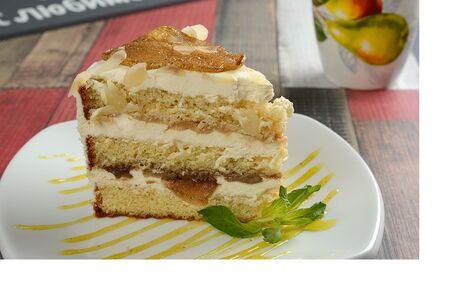 Пирожное Груша-пломбир