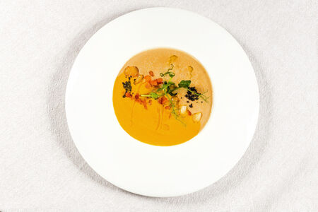 Крем-суп из каштанов и тыквы