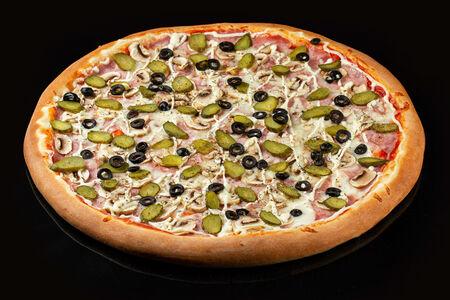 Пицца Капричоза на пышном тесте