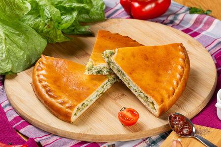 Пирог осетинский с сыром и зеленью