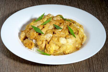 Курица на рисе с мацу соусом