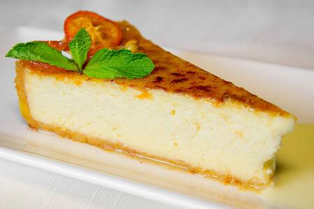 Десерт Чизкейк с цедрой