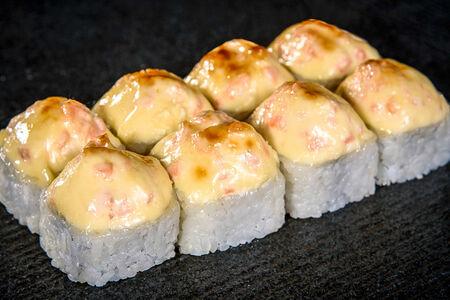 Ролл запеченный Саке