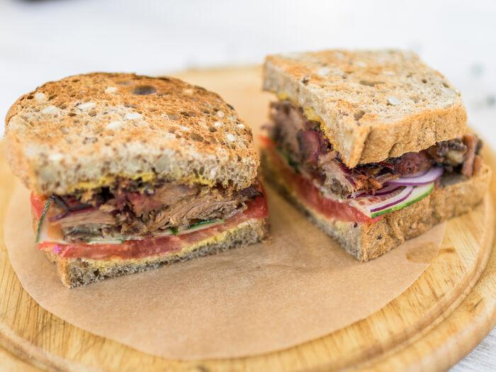 Брискет-сэндвич
