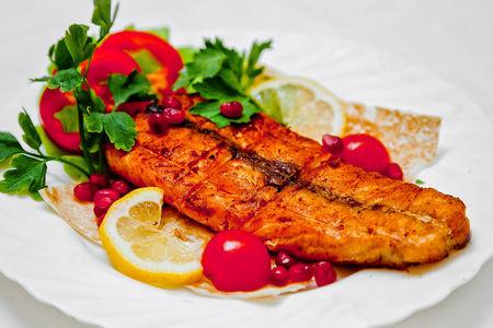 Сочный стейк из лосося