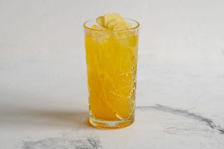Лимонад Имбирь-маракуйя