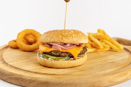 Чизбургер Стандарт