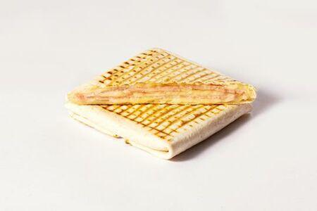 Питерский тост с сыром и ветчиной