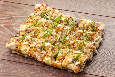 Японская пицца с курицей