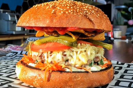Бургер Hot Cheese