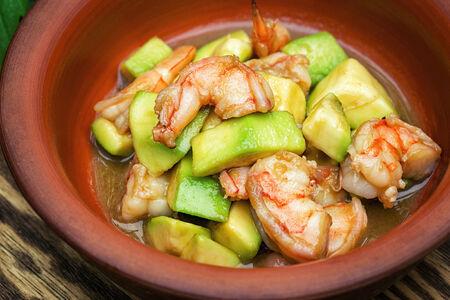 СП Салат из авокадо с креветками