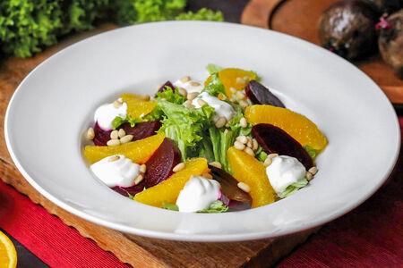 Фит салат с апельсинами и свеклой