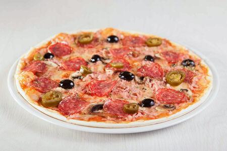 Пицца Пепперони специальная