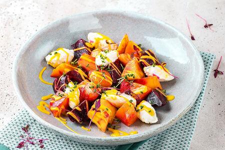 Салат со свеклой и манговой заправкой