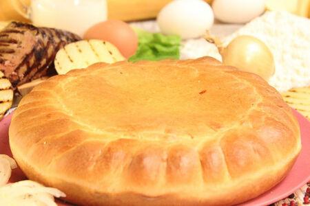 Пирог с печенью ягненка и жареным картофелем
