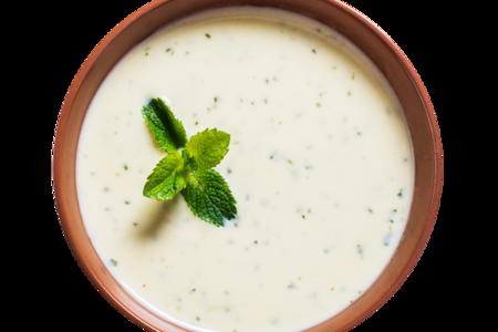 Холодный суп с мятой и огурцом