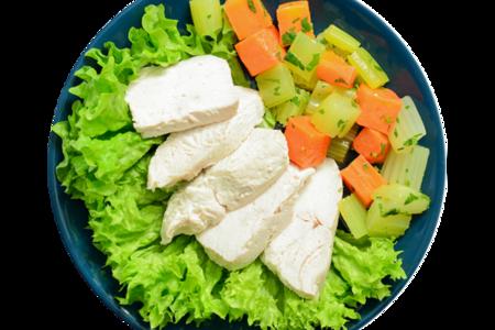 Филе индейки отварное с сельдереем и морковью