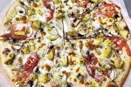 Пицца с курицей карри
