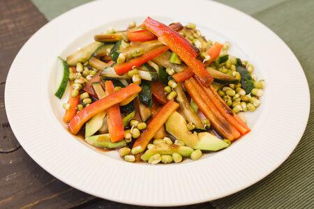 Салат Овощной с проростками