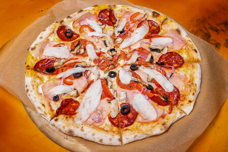 Пицца Неаполитанская Суприм
