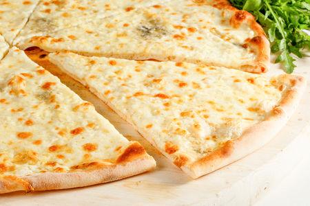 Пицца Куатро Формаджи
