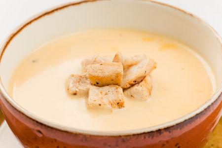 Суп Крема де кэсо кон пойо