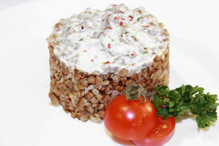 Бефстроганов из телятины с гречкой и грибами