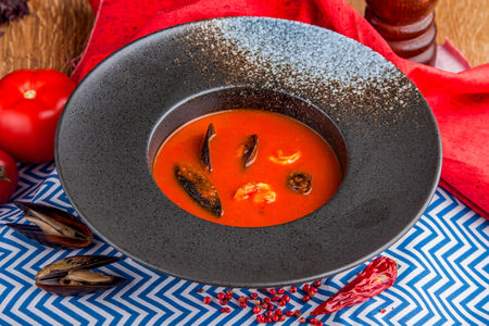 Сицилийский суп с морепродуктами