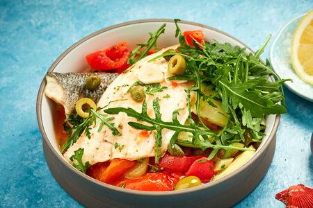 Филе сибаса с овощами в фольге