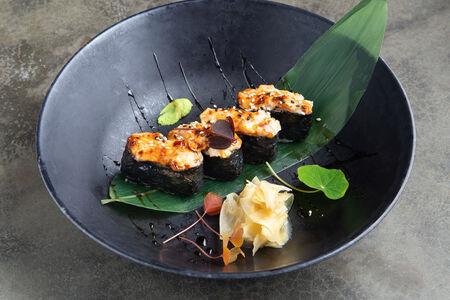Суши запеченные Мурманский гребешок
