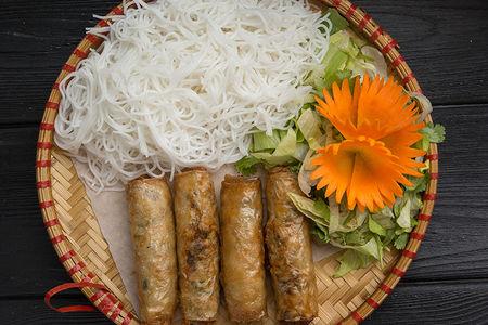 Лапша в соусе Бун Нем