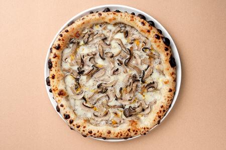 Пицца Грибы и трюфель