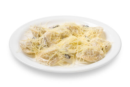 Казанские пельмени в грибном соусе