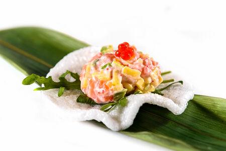 Тартар с лососем