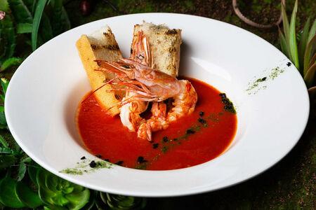 Суп томатный с лангустинами