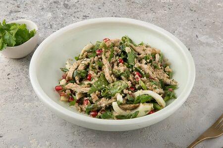 Салат с курицей по-аджарски