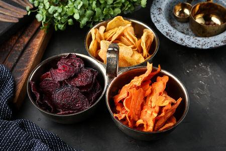 Домашние чипсы из местных овощей
