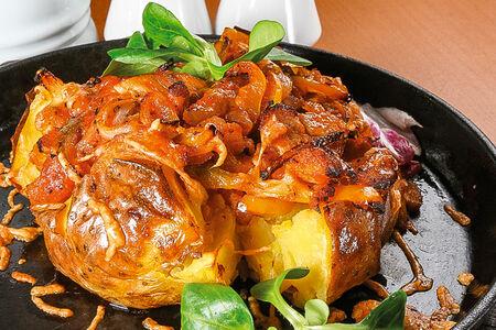 Печеный картофель со свиной вырезкой