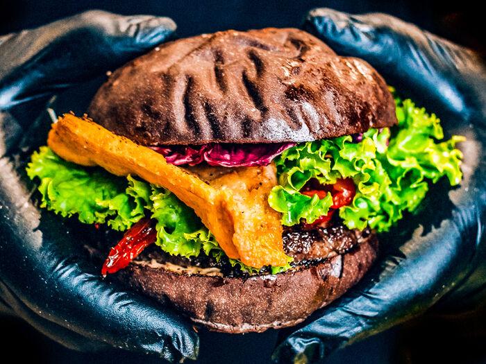 Бургер Двенадцать шведок в Африке