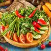 Фото к позиции меню Букет из свежих овощей и зелени
