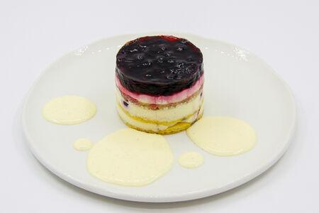 Торт с черникой и нежным кремом