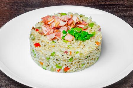 Рис с беконом