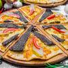 Фото к позиции меню Манакиш Суджук с сыром