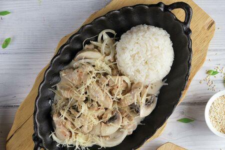 Сковородка с курицей