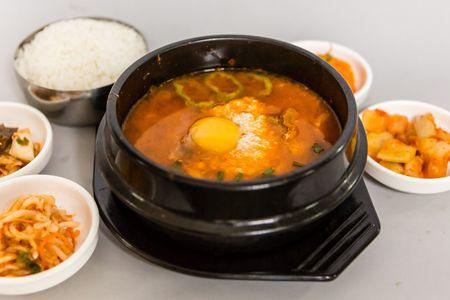 Суп Кимчи сунтубу