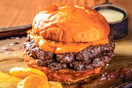 Классический двойной чизбургер