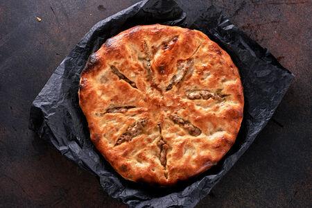 Хачапури кубдари с мясом