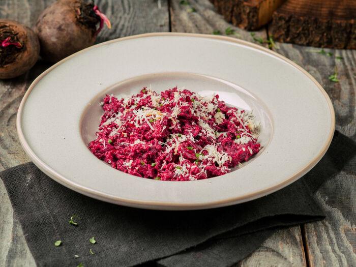 Салат с телятиной и свеклой